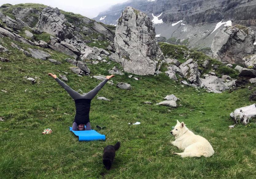 Yoga à la cabane de Susanfe!